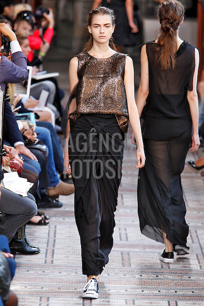 Moon Young Hee<br /> RTW Spring Summer 2014 Paris Fashion Week September_October 2013