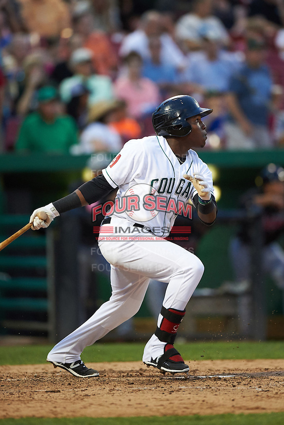 Kane County Cougars third baseman Henry Castillo (4) at bat during a game against the Great Lakes Loons on August 13, 2015 at Fifth Third Bank Ballpark in Geneva, Illinois.  Great Lakes defeated Kane County 7-3.  (Mike Janes/Four Seam Images)