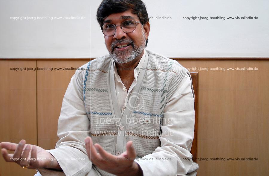 INDIA New Delhi, human rights activist Kailash Satyarthi, NGO BBA / SACCS which fight for child rights and against child labour, awarded 2014 with peace Nobel prize / INDIEN Neu Delhi, Menschenrechtler und Aktivist Kailash Satyarthi von der NGO BBA / SACCS, die fuer Kinderrechte und gegen  Kinderarbeit kaempfen, er wird 2014 mit dem Friedensnobelpreis geehrt