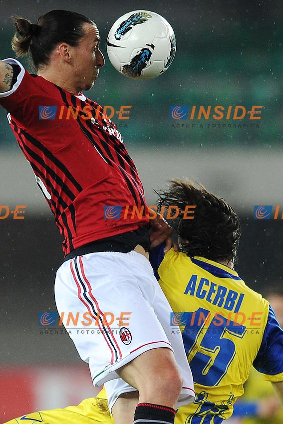 "Zlatan Ibrahimovic Milan, Francesco Acerbi Chievo.Verona 10/4/2012 Stadio ""Bentegodi"".Football Calcio 2011/2012 Campionato Italiano Serie A.Chievo Vs Milan.Foto Insidefoto Andrea Staccioli"