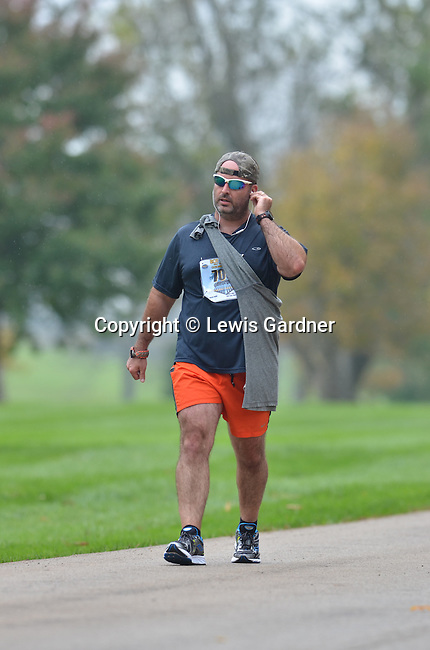 2014 Iron Horse Half Marathon<br /> Midway, Kentucky October 12<br /> Photo by Lewis Gardner <br /> <br /> To download complimentary Small or Medium size files, use the password &quot; john 35 &quot;. Larger size digital files and prints are available for purchase. You do not need a Photoshelter or PayPal account but the ordering process is streamlined if you have them.