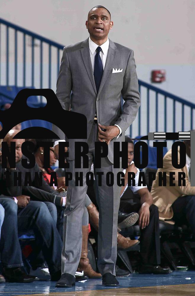 Nba Basketball New York Knicks: Westchester Knicks Head Coach Kevin