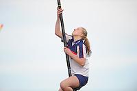 FIERLJEPPEN: FRYSLAN: Marrit van der Wal, ©foto Martin de Jong