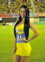 BARRANCABERMEJA -COLOMBIA, 07-11-2015: Modelo de Aguila posa para el fotografo antes del encuentro  entre Alianza Petrolera y Deportes Tolima por la fecha 19 de la Liga Aguila II 2015 disputado en el estadio Daniel Villa Zapata de la ciudad de Barrancabermeja./ Aguila model poses for the photographer . Aspect of the match between Alianza Petrolera and Deportes Tolima for the date 19 of the Aguila League II 2015 played at Daniel Villa Zapata stadium in Barrancabermeja city. Photo:VizzorImage / Jose David Martinez / Cont
