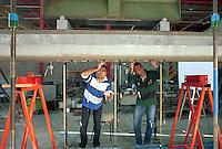 - EUCENTRE - European Centre for Earthquake Engineering, laying of the sensors on a structure in reinforced concrete....- EUCENTRE, Centro Europeo per l'Ingegneria Antisismica, posa dei sensori su una struttura in cemento armato