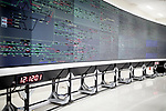 With eyes fixed on this gigantic luminous panel, the officials of the Mumbai station watched the comings and goings of the wagons. In 2011, this terminal adopted the Train Management System, a modern means of visualizing traffic in real time. Indispensable for Manage the flow of 3,000 daily convoys.