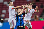 FC Internazionale Midfielder Marcelo Brozovic (C) fights for the ball with Bayern Munich Midfielder Niklas Dorsch (R) and Bayern Munich Midfielder Javi Martinez (L) during the International Champions Cup match between FC Bayern and FC Internazionale at National Stadium on July 27, 2017 in Singapore. Photo by Marcio Rodrigo Machado / Power Sport Images