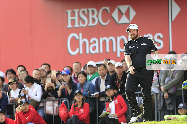 Shane Lowry (IRL) on the 18th during the final round of the WGC-HSBC Champions, Sheshan International GC, Shanghai, China PR.  30/10/2016<br /> Picture: Golffile | Fran Caffrey<br /> <br /> <br /> All photo usage must carry mandatory copyright credit (&copy; Golffile | Fran Caffrey)