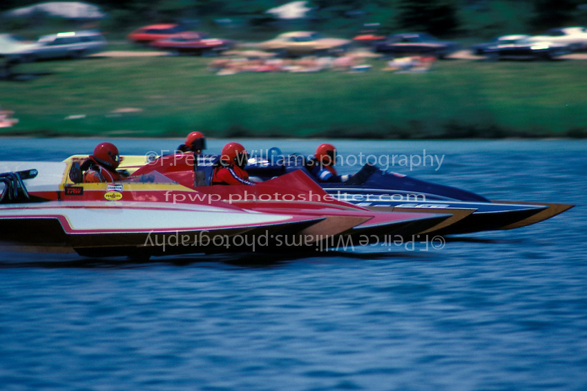 "7 Litre Division II hydros race for the first turn, F-223, Einar Glasius F-60 ""Wild Viking"", J-16 and J-37 ""Hot Stuff"" Dayton, Oh 1984"