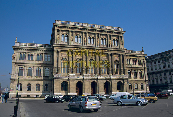 Hungarian Science Academy, Roosevelt Ter (Square), Budapest, Hungary