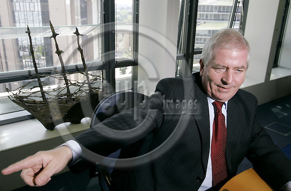 BRUSSELS - BELGIUM - 13 JUNE 2005 --Charlie McCREEVY, EU-Commissioner Internal Market and Services. --  PHOTO: JUHA ROININEN / EUP-IMAGES
