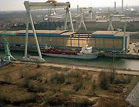 Maart 1994. Schip Jade River van Decloedt (DEME).