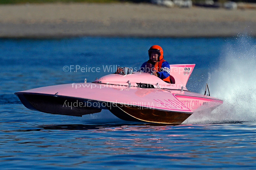 "H-101 ""Country Girl"" (7 Litre Hydroplane)"