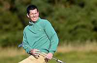 Tim Henman reacts during Round 3 of the 2015 Alfred Dunhill Links Championship at the Old Course, St Andrews, in Fife, Scotland on 3/10/15.<br /> Picture: Richard Martin-Roberts | Golffile