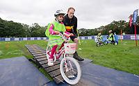 Picture by Allan McKenzie/SWpix.com - 10/09/17 - Commercial - Cycling - HSBC UK City Ride Leeds - Leeds, England -