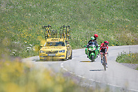 solo race leader Tony Gallopin (FRA/Lotto-Soudal) checking his lead up the first climb of the day; the Col de Saisies (Cat1/1663m)<br /> <br /> 69th Crit&eacute;rium du Dauphin&eacute; 2017<br /> Stage 8: Albertville &gt; Plateau de Solaison (115km)