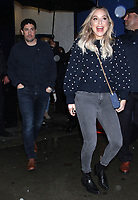 NEW YORK, NY- NOVEMBER 6: Jason Biggs and Jenny Mollen seen after an appearance on GMA Day in New York City on November 06, 2018. <br /> CAP/MPI/RW<br /> &copy;RW/MPI/Capital Pictures