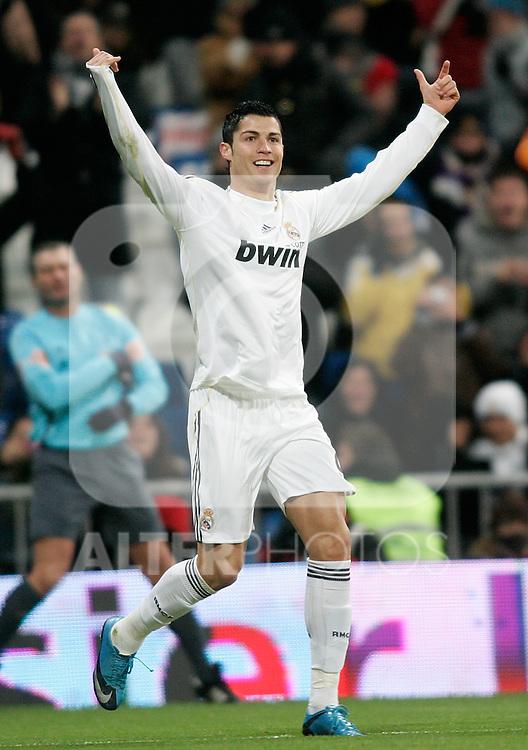 Real Madrid's Cristiano Ronaldo celebrates during La Liga match, December 19, 2009. (ALTERPHOTOS/Alvaro Hernandez).