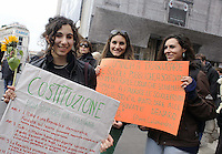 Roma, 12 Marzo 2011.Costituzione Day, manifestazione in difesa della scuola pubblica e della Costituzione della Repubblica italiana..Rome, 12 March 2011.Constitution Day, an event in defense of public schools and the Constitution of the Italian Republic