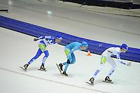SCHAATSEN: HEERENVEEN: 25-10-2014, IJsstadion Thialf, Marathonschaatsen, KPN Marathon Cup 2, Erik Jan Kooiman (#37), Bob de Vries (#1), Mats Stoltenborg (#44), ©foto Martin de Jong