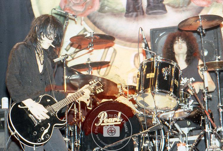 Guns-N-Roses-536.jpg