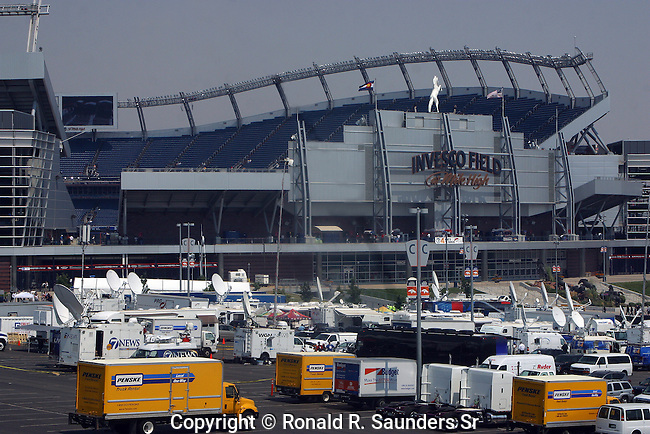 PRESS VEHICLES OUTSIDE INVESCO FIELD AT 2008 DEMOCRATIC CONVENTION