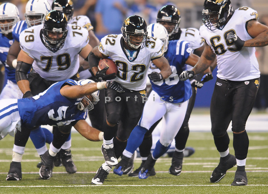 MAURICE JONES-DREW, of the Jacksonville Jaguars, in action during the Jaguars game against the Indianapolis Colts on September 21, 2008 in Indianapolis, Indiana...The Jacksonville Jaguars win 23-21