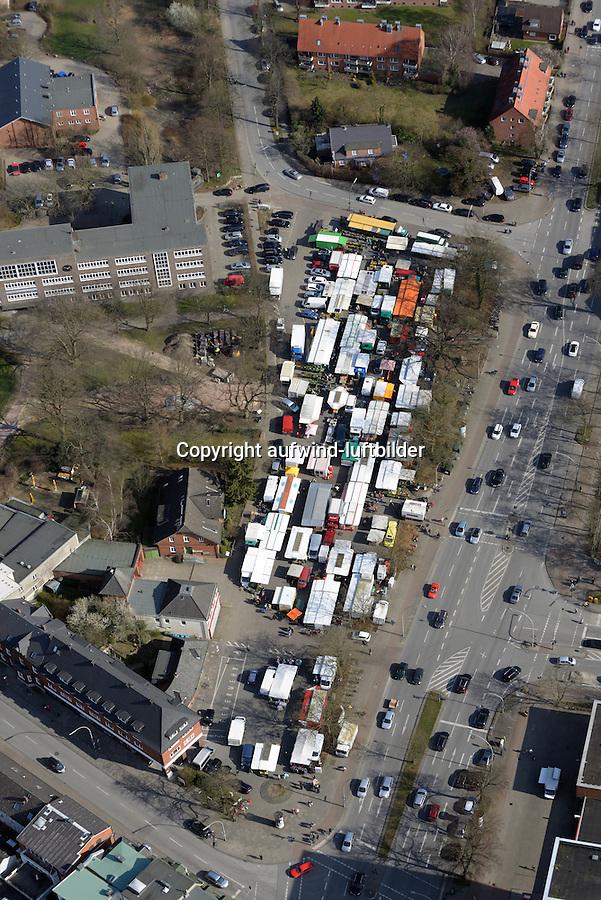 Lohbruegger Markt: EUROPA, DEUTSCHLAND, HAMBURG, (EUROPE, GERMANY), 02.04.2016: Lohbruegger Markt, Markt