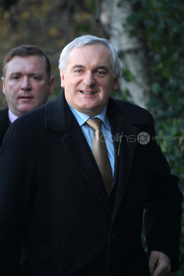 21/12/'07 Taoiseach, Bertie Ahern pictured arriving at the Mahon Tribunal this morning for the second of his evidence...Picture Collins, Dublin, Colin Keegan.