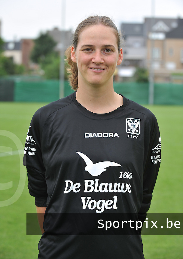 STVV Sint - Truiden VV Dames : Sabrina Broos.foto DAVID CATRY / Vrouwenteam.be