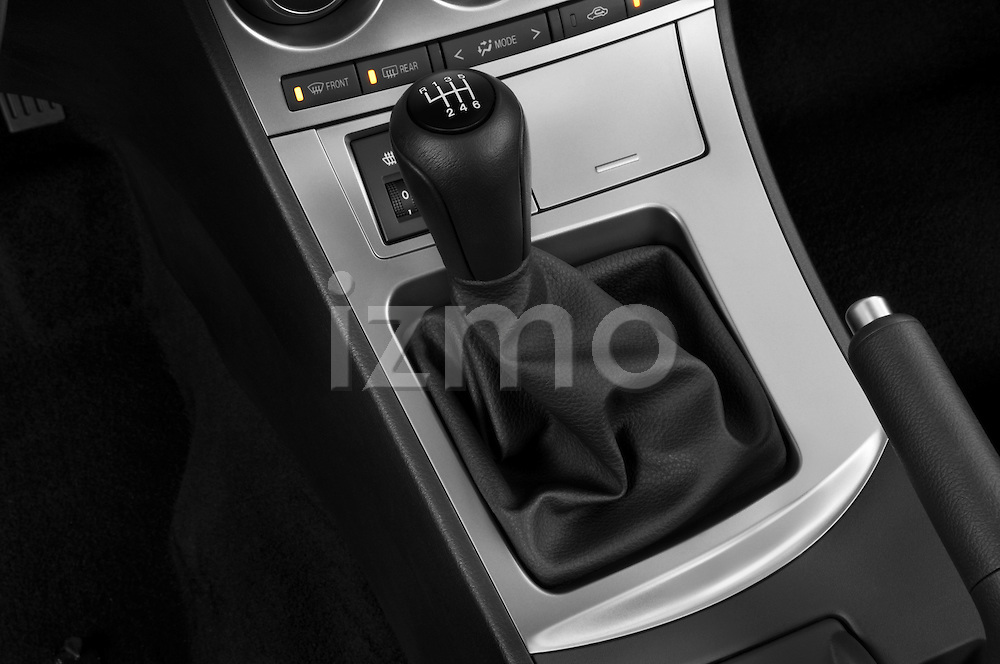Gear shift detail view of a 2010 Mazda 3 5-Door S Grand Touring