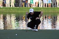 Stephen Gallacher (SCO) on the 18th hole during Sunday's Final Round of the 2012 Omega Dubai Desert Classic at Emirates Golf Club Majlis Course, Dubai, United Arab Emirates, 12th February 2012(Photo Eoin Clarke/www.golffile.ie)