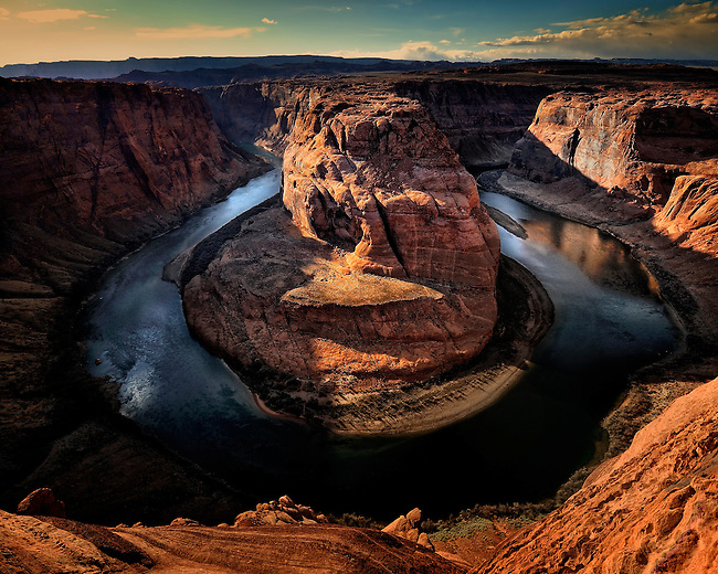 Sunset at Horseshoe Bend along the Colorado River just south of Page, AZ