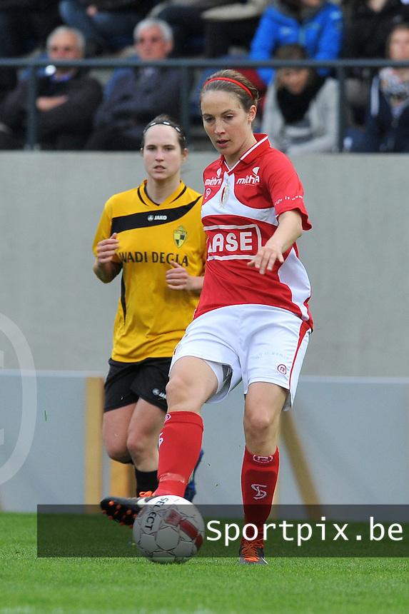 Bekerfinale 2012 : WD Lierse SK - Standard Femina :.Imke Courtois aan de bal.foto David Catry / Joke Vuylsteke / Vrouwenteam.be