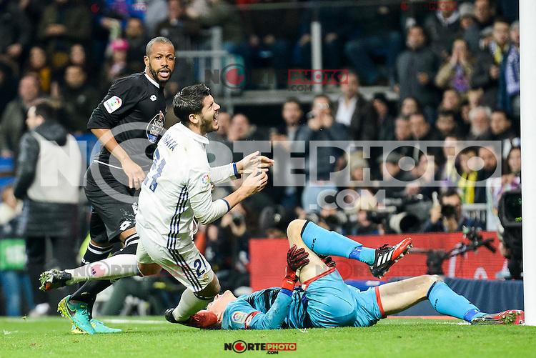 Real Madrid Alvaro Morata and Deportivo de la Coruña Sidnei Rechel and Tyton during La Liga match between Real Madrid and Deportivo de la Coruña at Santiago Bernabeu Stadium in Madrid, Spain. December 10, 2016. (ALTERPHOTOS/BorjaB.Hojas) /NORTEPHOTO.COM
