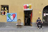 """- Milano, lunedì 4 maggio, primo giorno di allentamento delle misure di restrizione della mobilità dovute all'epidemia Coronavirus, migliaia di persone si sono riversate in strada, spesso senza misure di sicurezza, nelle zone della """"movida"""", in particolare lungo i Navigli, costringendo le autorità ad adottare rigorose misure di controllo di polizia.<br /> <br /> - Milan, Monday 4 may, first day of loosening of mobiliity restriction measures due to the Coronavirus epidemic, thousand of people took the streets, often without security measures, in the """"Movida"""" areas, particulary along the Navigli canals, forcing the authorities to adopt strict police control measures."""