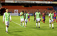 PASTO - COLOMBIA, 23-04-2018: Los jugadores de Boyacá Chicó F. C., se retiran del campo al término del primer tiempo durante partido entre Deportivo Pasto y Boyacá Chicó F. C., de la fecha 17 por la Liga Aguila I 2018, jugado en el estadio Departamental Libertad de la ciudad de Pasto.  / The player of Boyaca Chico F.C., leave the field at the end of the first time during a match between Deportivo Pasto and Boyaca Chico F. C., of the 17th date for the Liga Aguila I 2018 at the Departamental Libertad stadium in Pasto city. Photo: VizzorImage. / Leonardo Castro / Cont.