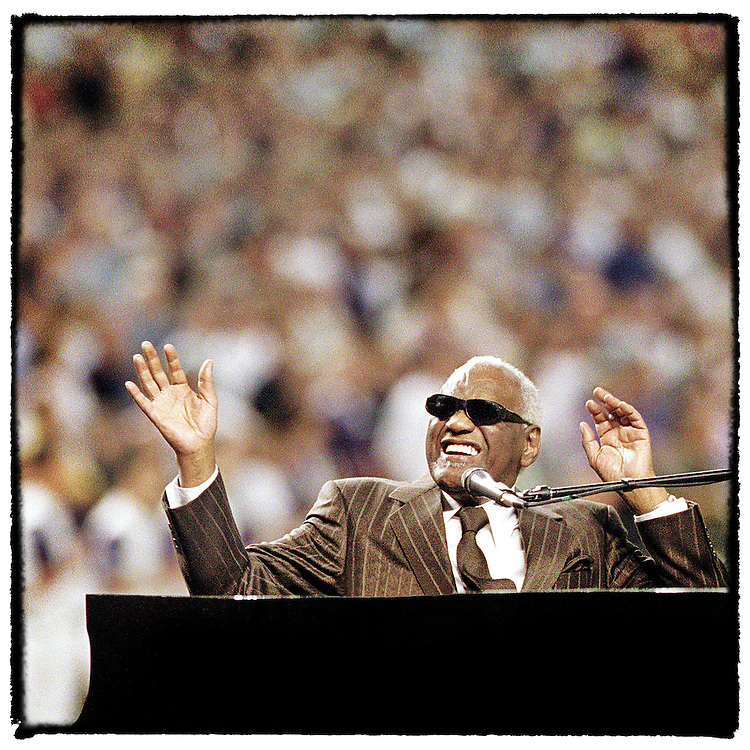 """Ray Charles performs """"America the Beautiful"""" at home plate in Game 2 of the 2001 World Series at BankOne ballpark"""
