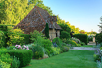 Jardins du pays d'Auge (mention obligatoire dans la légende ou le crédit photo):.le petit musée de l'outil ds la maison.