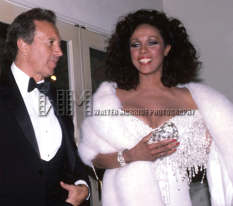Vic Damone and Diahann Carroll attends the 38th Annual Primetime Emmy Awards on September 21, 1986 at the Pasadena Civic Auditorium in Pasadena, California.