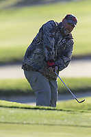 Larry the Cable Guy chips onto the 1st green during Thursday's Round 1 of the 2018 AT&amp;T Pebble Beach Pro-Am, held over 3 courses Pebble Beach, Spyglass Hill and Monterey, California, USA. 8th February 2018.<br /> Picture: Eoin Clarke | Golffile<br /> <br /> <br /> All photos usage must carry mandatory copyright credit (&copy; Golffile | Eoin Clarke)