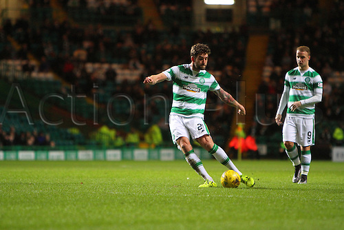 02.03.2016. Celtic Park, Glasgow, Scotland. Scottish Premier League. Celtic versus Dundee. Charlie Mulgrew hits a free kick
