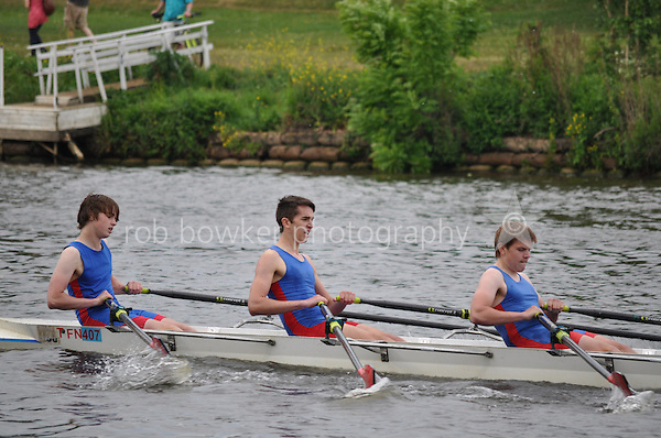 Thames Ditton Regatta.J16 4x.53. Tiffin Sch (Thomson)