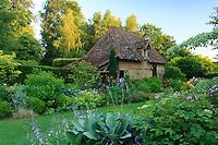 Jardins du pays d'Auge (mention obligatoire dans la légende ou le crédit photo):.le petit musée de l'outil dans la maison.