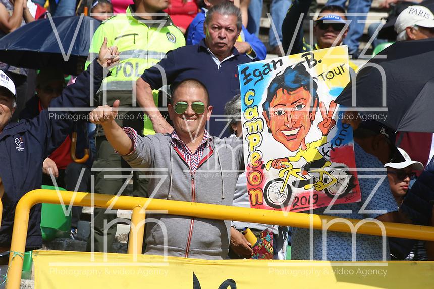 TUNJA - COLOMBIA, 11-02-2020: Un seguidor de Egan Bernal es visto durante la primera del Tour Colombia 2.1 2020 que se correrá en Boyacá, Colombia entre el 11 y 16 de febrero de 2020. / An Egan bernal supportes is seen during the launch of Tour Colombia 2.1 2020 that that will run between February 11 and 16, 2020 in Boyacá, Colombia.  Photo: VizzorImage / Darlin Bejarano / Cont