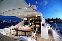 PIC_1728-BG Yacht