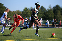 220190921 – LEUVEN, BELGIUM : E. Aalst's Henriette Awete is pictured in the making of her goal during a women soccer game between Oud Heverlee Leuven Ladies B and Eendracht Aalst Ladies on the fourth matchday of the Belgian Division 1 season 2019-2020, the Belgian women's football national division 1, Saturday 21th September 2019 at the Bruinveld Youth Complex, Domeinstraat in Leuven , Belgium. PHOTO SPORTPIX.BE | SEVIL OKTEM