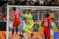 Action photo during the match Argentina vs Chile at Levis Stadium Copa America Centenario 2016. ---Foto  de accion durante el partido Argentina vs Chiler, En el Estadio de la Universidad de Phoenix, Partido Correspondiante al Grupo - D -  de la Copa America Centenario USA 2016, en la foto: (I)-(D) Jose pedro Fuenzalida, Sergio Romero<br /> --- 06/06/2016/MEXSPORT/PHOTOSPORT/ Andres Pina