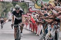 Edvald Boasson Hagen (NOR/Dimension Data) solo's to the win!<br /> <br /> 104th Tour de France 2017<br /> Stage 19 - Embrun &rsaquo; Salon-de-Provence (220km)