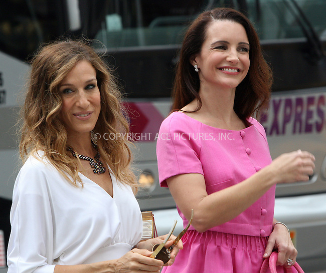 WWW.ACEPIXS.COM . . . . .  ....September 8 2009, New York City....Actresses Sarah Jessica Parker and Kristin Davis on the Fifth Avenue set of the new 'Sex and the City' movie on September 8 2009 in New York City....Please byline: NANCY RIVERA- ACE PICTURES.... *** ***..Ace Pictures, Inc:  ..tel: (212) 243 8787 or (646) 769 0430..e-mail: info@acepixs.com..web: http://www.acepixs.com